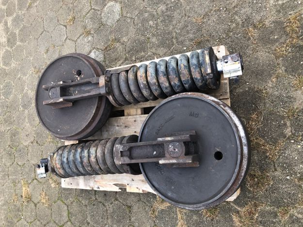 Picture of Caterpillar 322 idler + recoil gp 7I7706
