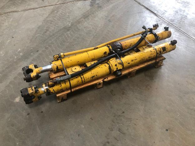 Afbeelding van Caterpillar D7H lift cilinder OEM1294259